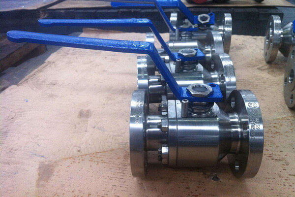 ASME B16.34 A182 F316L Floating Ball Valve DN100 PN20