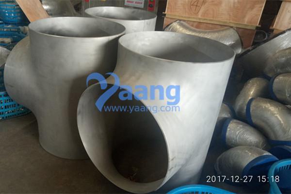 ANSI B16.9 ASTM A403 WP304 Equal Tee DN200 Sch40S