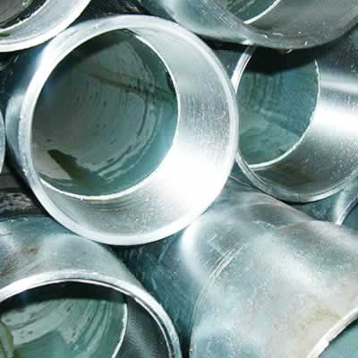 pre galvanized 2 - Galvanized Steel Pipe Vs black steel pipe