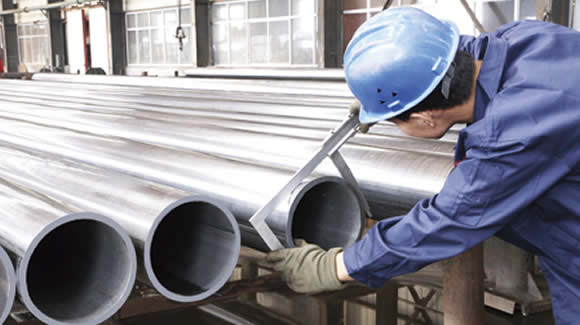 outside diameter control - The difference between spiral submerged arc welded steel pipe and straight seam steel pipe