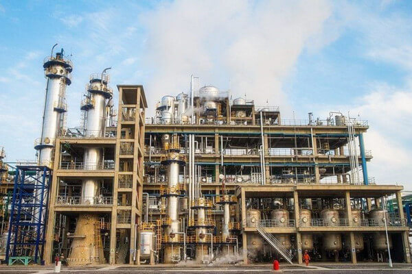 piping arrangement in petrochemical plant - Piping arrangement in petrochemical plant