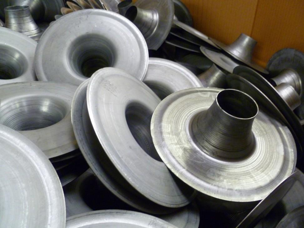 881e117d3d5046d6a5e4a06ab3d91b7d20150329130737 - What is metal spinning process
